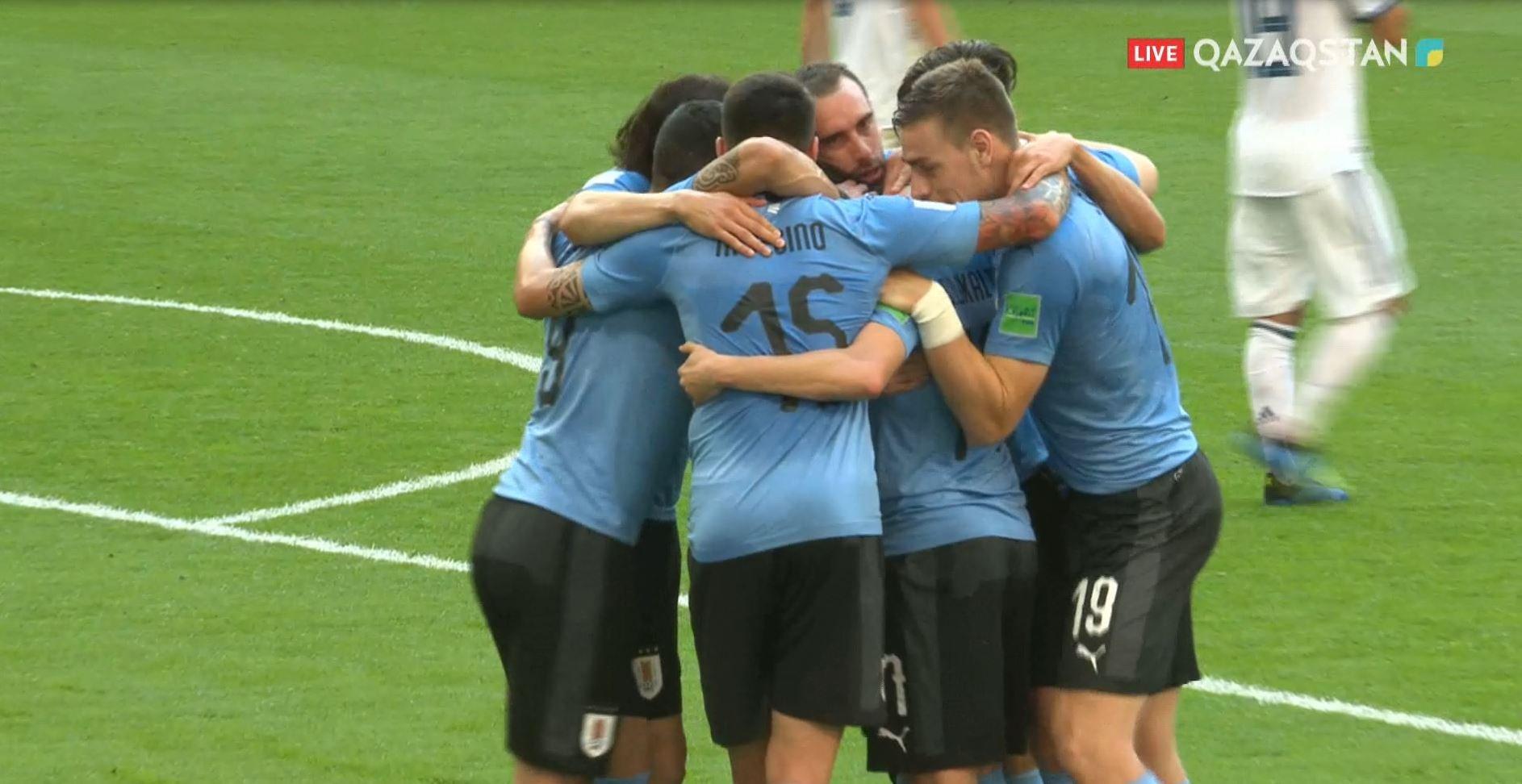 Сборная Уругвая обыграла Россию со счетом 3:0 в матче ЧМ-2018