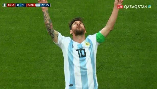 Аргентина вышла в плей-офф благодаря голу Рохо